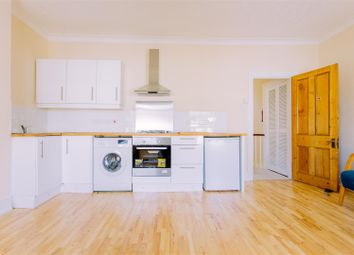 Thumbnail 2 bed flat to rent in Lothair Road South, London