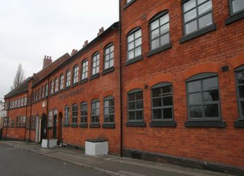 Thumbnail Commercial property to let in Bath Street, Walsall
