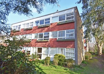 Parkleys, Ham, Richmond TW10. 2 bed flat for sale
