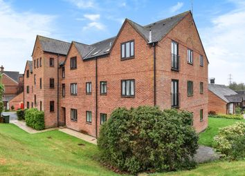 Thumbnail 1 bed flat to rent in Farmoor, Oxford
