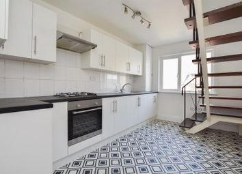 Pevensey Road, St. Leonards-On-Sea TN38. 1 bed flat for sale