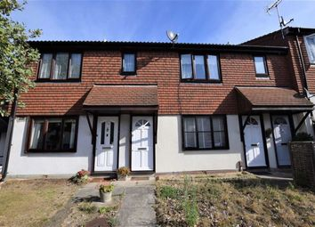1 bed maisonette to rent in Stapleford Close, Chingford, London E4