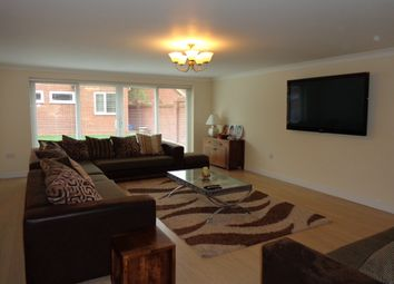 Thumbnail 6 bed detached house for sale in Uppingham Road, Leicester