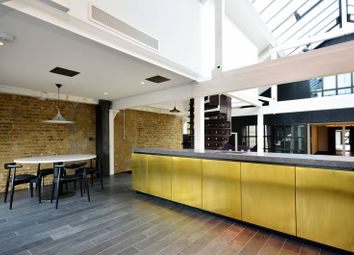 Thumbnail 2 bed flat to rent in Metropolitan Wharf, Wapping