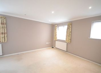 Thumbnail 1 bedroom flat to rent in The Willows, Caversham, Reading