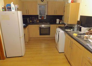 Thumbnail 6 bedroom property to rent in Langdale Gardens, Headingley, Leeds