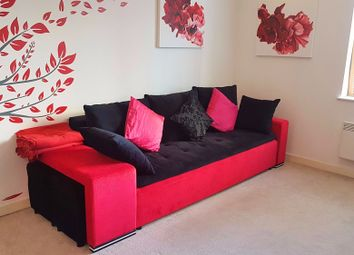 Thumbnail 2 bed flat to rent in Paragon Boston Park Road, Brentford