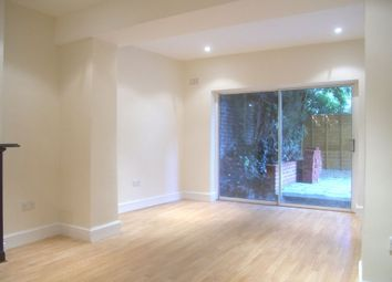 Thumbnail 1 bed flat to rent in Mount Avenue, Ealing, London