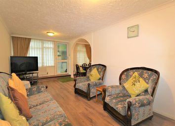 Thumbnail 2 bed flat to rent in Pembury Road, London