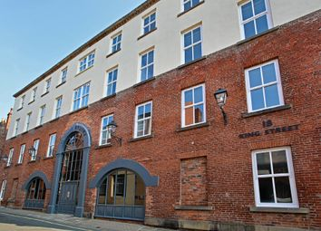 2 bed flat to rent in King Street, Wakefield WF1