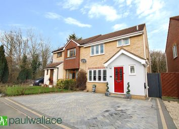 Grovedale Close, Cheshunt, Waltham Cross EN7. 3 bed semi-detached house for sale