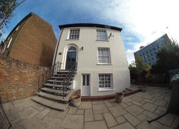 Thumbnail 1 bedroom property to rent in Buckingham Street, Aylesbury