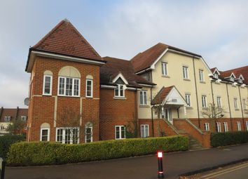 Thumbnail 2 bed flat for sale in Whinbush Road, Hitchin