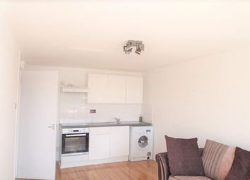 Thumbnail 2 bed flat to rent in Woolwich Common, London