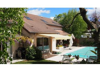 Thumbnail 6 bed property for sale in 21000, Dijon, Fr