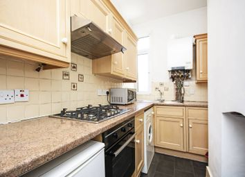 Thumbnail 1 bed flat to rent in Nevill Road, Stoke Newington, London