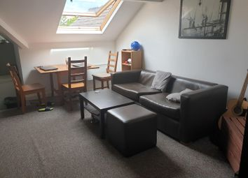 Upper Brook Street, Manchester M13. 3 bed flat
