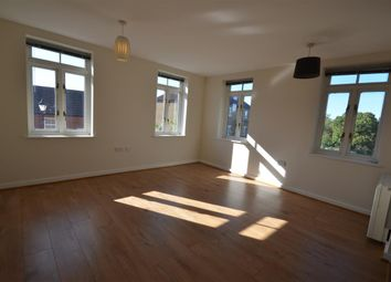 Thumbnail 2 bedroom flat for sale in Pine Street, Fairford Leys, Aylesbury