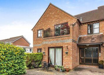 Thumbnail Flat for sale in Field Gardens, Steventon, Abingdon