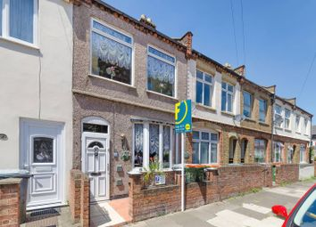 2 bed terraced house to rent in Grenadier Street, Silvertown E16