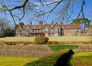 Thumbnail 3 bed flat to rent in Yattendon Court, Yattendon, Thatcham
