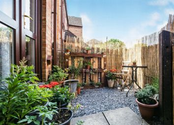 1 bed maisonette for sale in Fleetwood Court, London E6