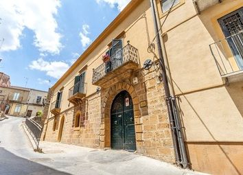 Thumbnail Property for sale in Historic Building, Piazza Armerina, Sicily