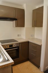2 bed maisonette to rent in King George Road, Ware SG12