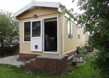 Thumbnail 2 bedroom mobile/park home for sale in Manor Park, Penwithick