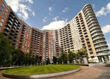 Thumbnail 3 bed shared accommodation to rent in New Providence Wharf, Docklands