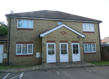 2 bed maisonette to rent in Holly Court, Bower Way, Cippenham, Berkshire SL1