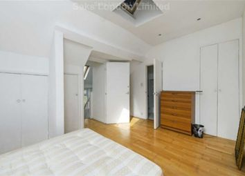 Thumbnail 3 bed flat to rent in Landor Road, Clapham