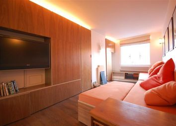 Thumbnail 1 bed flat to rent in Heneage Street, London