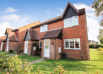 1 bed maisonette to rent in Creasey Close, Hornchurch RM11