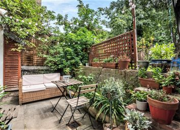 1 bed flat for sale in Tollington Park, London N4