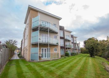 2 bed flat for sale in Maltings Close, Cambridge CB5