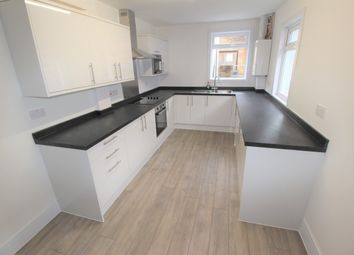 4 bed flat to rent in Sydenham Road, Guildford GU1
