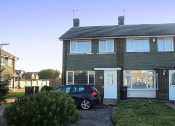 Thumbnail 2 bed property to rent in Garden Close, Sompting