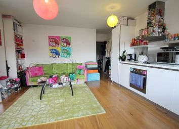 Thumbnail 3 bed flat to rent in Northfleet House, London