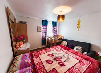 Thumbnail 2 bedroom flat for sale in Willis House, Grantham Road, Manor Park