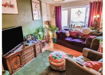 2 bed flat for sale in Rockdove Avenue, Manchester M15