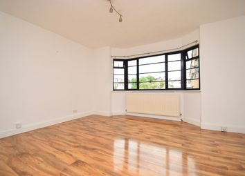 Thumbnail 2 bed flat to rent in The Lindens, Friern Park