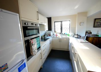 Thumbnail 2 bedroom property to rent in Robins Nest Hill, Little Berkhamsted, Hertford