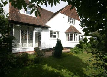 Thumbnail 3 bed property to rent in Offley Road, Hitchin