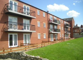2 bed property to rent in Riverside Lawns, Peel Street, Lincoln LN5