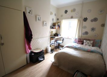 Thumbnail 6 bed end terrace house to rent in Fosse Road South, Leicester