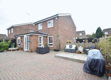 Thumbnail 3 bed detached house for sale in Barford Rise, Luton