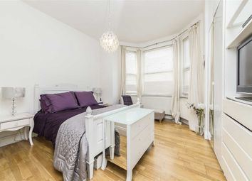 2 bed property for sale in Alexandra Road, London SW19