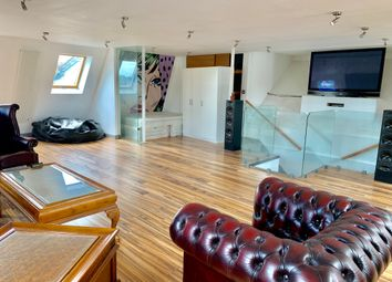 Thumbnail 3 bed flat to rent in Regent Park, Finchley Central