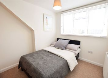 Thumbnail Room to rent in Viking, Bracknell, Berkshire
